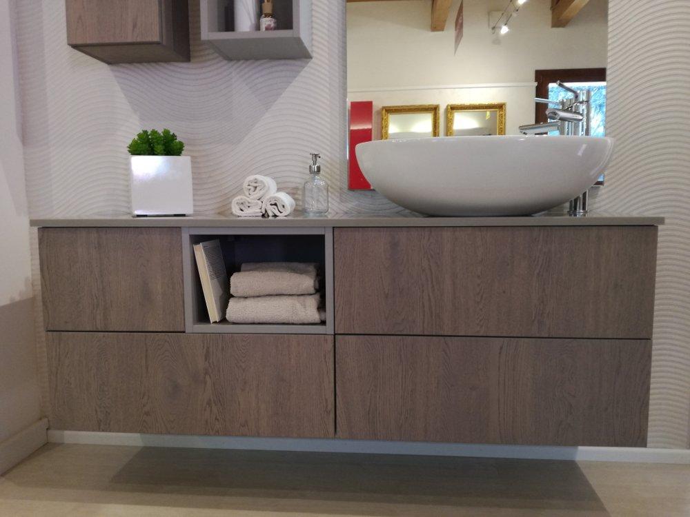 Bagno moderno kondor effetto legno - Lavandino bagno moderno ...