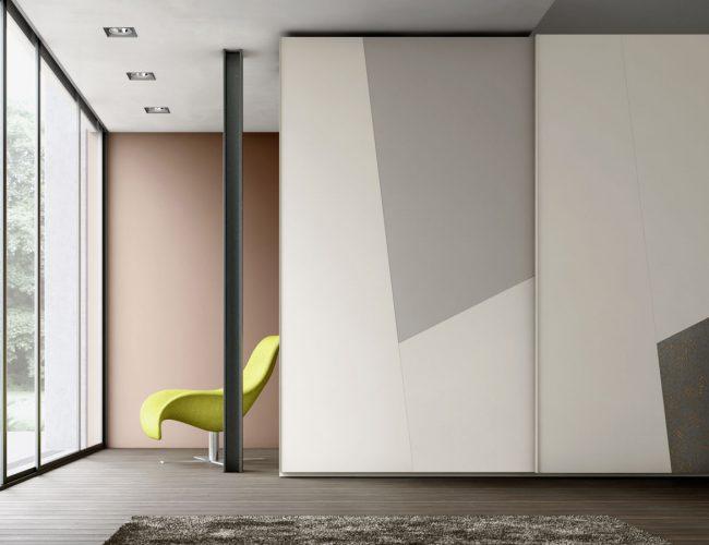 Armadio scorrevole con disegni geometrici Slide, varie finiture disponibili da Paola Elisa Mobili