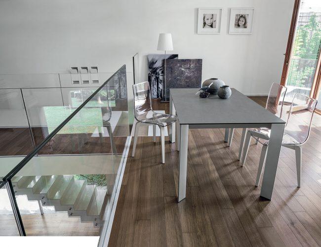 Tavoli allungabili adatti a zona living e cucina