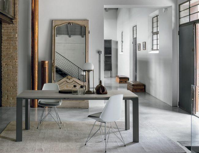Tavoli allungabili moderni stile industrial