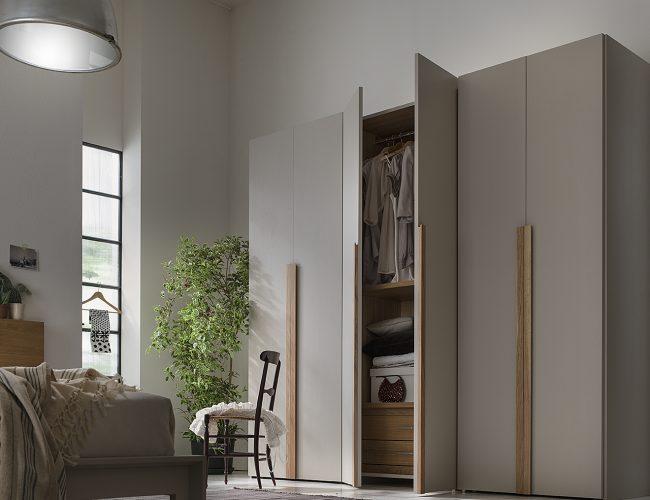 armadio artigianale moderno in legno 6 porte