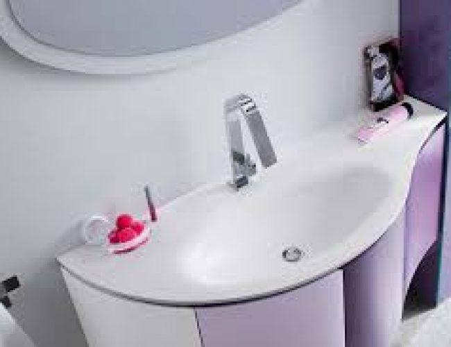 bagno sagomato per spazi ridotti