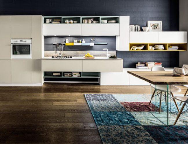 cucina con composizione di pensili particolati Paola Elisa Mobili Atlanta Dakota